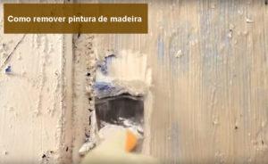 como remover pintura de madeira
