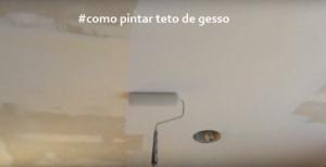 Pintura em teto de gesso